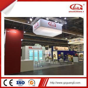 China Professional Manufacturer High Quality Car Spray Painting Room with Best Price pictures & photos