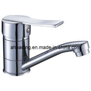 Brass Body Kitchen Faucet (SW-55001) pictures & photos