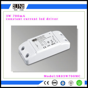 700mA 3W LED Power Supply, COB 3W, 700mA 2V-4V LED Adapter, 1X3w LED Driver pictures & photos