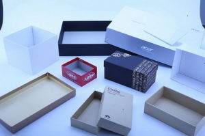 Full Automatic Gift Box Making Machine pictures & photos