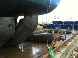 Salvage Marine Airbag for Ship Launching, Lifting, Upgrading / Rubber Ship Airbags pictures & photos