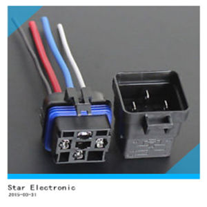 China Factory Waterproof Relay Socket pictures & photos
