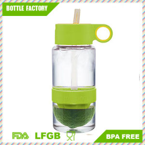 Small Capacity Detox Plastic Lemon Bottle with Straw pictures & photos