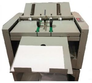 Single Sheet Creaser and Folder Machine /Paper Creasing Machine (HS6652) pictures & photos