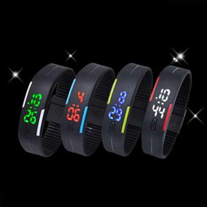New Silicone Band Digital Unisex LED Watch (DC-1122) pictures & photos