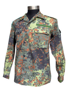 2017 Newest Military Camouflage Clothing A001 pictures & photos