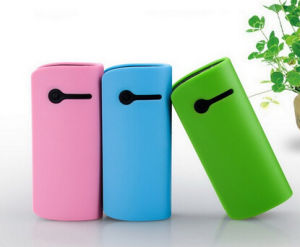 Promotional Gift Power Bank Supplier for Digital Camera pictures & photos