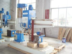 Radial Drilling Machine (Rd40/Rd50/Rd63 Series) pictures & photos