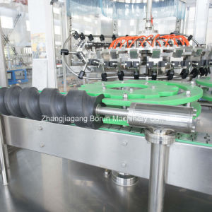 China Supplier of Carbonated Drinks Filling Machinery for Glass Bottles pictures & photos