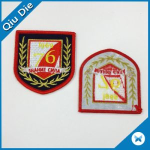 High Quality Iron on/Sew on Custom Embroidered Patches for Garment/Hat/Promotion pictures & photos