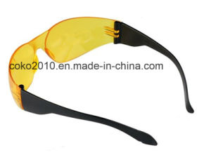 Good Quality PC Lens Anti-Fog Safety Glasses pictures & photos