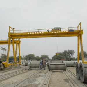 Heavy Duty Lifting Hoist Gantry Crane pictures & photos