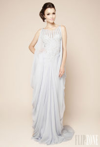 New Style Full Length a-Line Strapless Organza Ruffled White Muslim Wedding Dresses Pictures (LD1008) pictures & photos