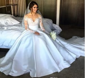 Long Sleeves Bridal Ball Gown Two Pieces Lace Satin Wedding Dress A1709 pictures & photos