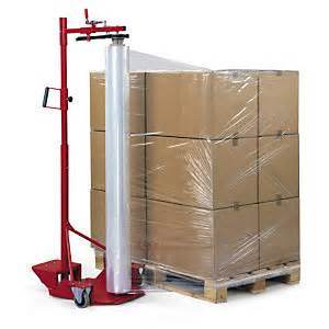 Pallet Wrapping PE Film Stretch Pallet Wrap pictures & photos