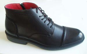 2013 Fashion Men′s Black PU Boots/Lace UPS