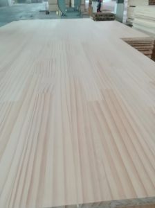 915*2135*12mm New Zealand Radiata Pine Finger Joint Board pictures & photos