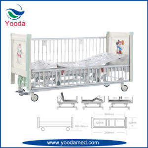 Wooden Head and Foot Board Children Bed with Castor pictures & photos
