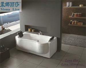 World Hot Sale Indoor Whirlpool Massage Bathtub (M-2011) pictures & photos
