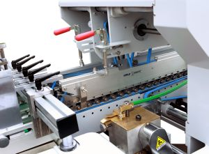 Xcs-800c4c6 Big Power Folder Gluer for 4/6 Corner Box pictures & photos