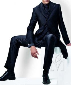 Business Slim Fit Men Black Suit (Suit130170) pictures & photos
