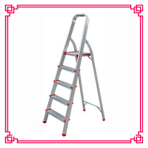 Aluminium 5 Step Ladder/Household Ladder with Tread pictures & photos