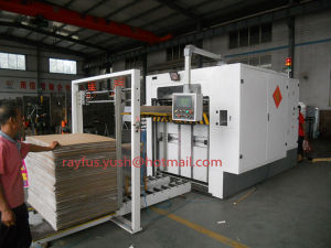 Semi Automatic Flatbed Die-Cutter and Creaser Machine pictures & photos