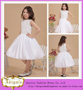 Lovely New Taffeta Ball Gown Lace Appliques Beaded Scoop Sleeveless Latest Dress Designs for Flower Girls Yj0136