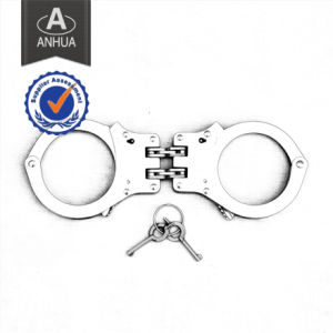 Police High Quality Carbon Steel Handcuff pictures & photos