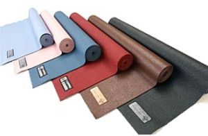 Professional PVC Yoga Mats, Yoga Sets, Gym Exercising PVC Foam Yoga Sheets pictures & photos