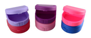 Dental Use Colourful Plastic Denture Case/Retainer Box/ Denture Box Dental Box pictures & photos