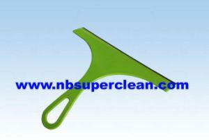 Mini Plastic Car Window Wiper (CN1634) pictures & photos