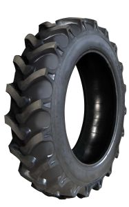 Bias Agricultural Tyres, Irrigation Tyres with R1 Pattern pictures & photos
