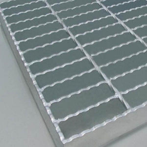 Serrated Steel Grating/Platform Steel Grating pictures & photos