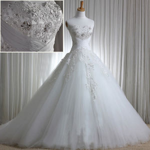 Strapless Crystals Bridal Gown Real Lace Wedding Dress H201565 pictures & photos