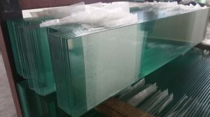 Clear Louvre Glass with Straight Polished Edge Work pictures & photos