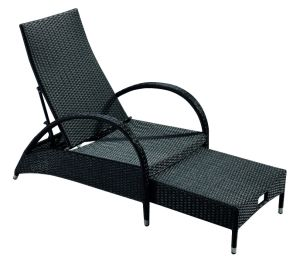 Wicker 3-Piece Chaise Lounge Set for Garden outdoor Coffee Time pictures & photos