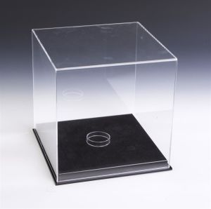 Black Base Acrylic Sports Display Case with Lift-off Top pictures & photos