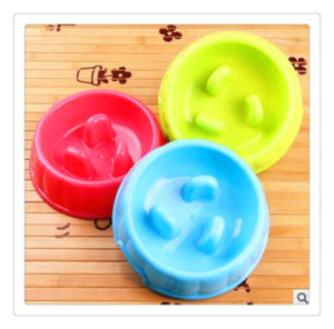 Green Dog Feeding Bowl / PP Plastic Pet Meal Dispenser with Non-Slip pictures & photos