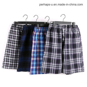 Quality and Cheap Cotton Plaid Men Casual Shorts Beach Pants pictures & photos