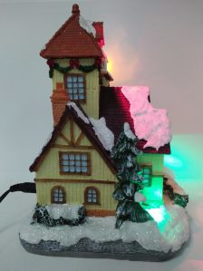 Wholesale Hand Painted LED Lights Resin Buildings Christmas House pictures & photos