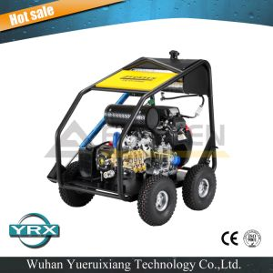 Two-Cylinders Petrol Engine Industrial High Pressure Washer pictures & photos