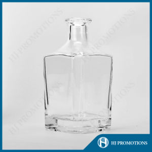 700ml Glassware Glass Bottle for Heavy Wine (HJ-GYSN-A02) pictures & photos