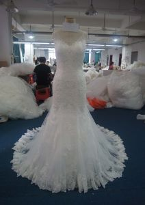 Charming A-Line Belt Sweetheart Wedding Dress with Round Neckline pictures & photos