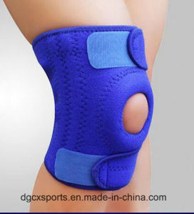 Waterproof Punch Neoprene Knee Support with Springs pictures & photos