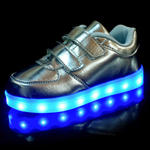Wholesale 8 Flash Mode LED Flashing Lights for Shoes pictures & photos