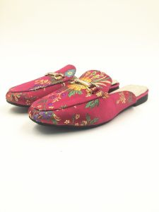 Red Satin Upper Real Pig Leather Lining Sock Womens Flat Slipper pictures & photos