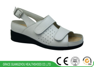 Ladies Diabetic Sandal Casual Bunion Shoes pictures & photos