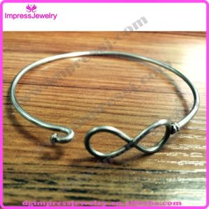 Stainless Steel Expandable Wire Bangle Women′s Bracelet pictures & photos