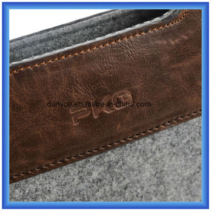 Eco-Friendly Wool Felt Material Laptop Sleeve Bag, Customized Laptop Briefcase Bag with Button Closing (wool content is 70%) pictures & photos